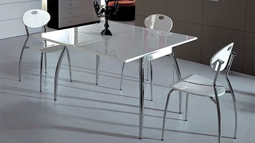 Раздвижной обеденный стол в гостиную с системой трансформации