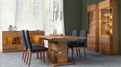 раздвижной обеденный стол из дерева