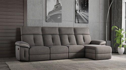 ספה עם רקליינרים בעיצוב מודרני