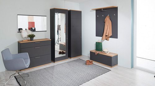 חדר כניסה מודולרי בצבע אפור